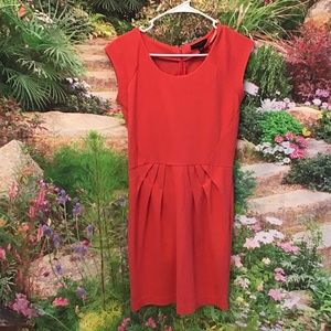 Banana Republic coral pleated dress sz 2 pique euc